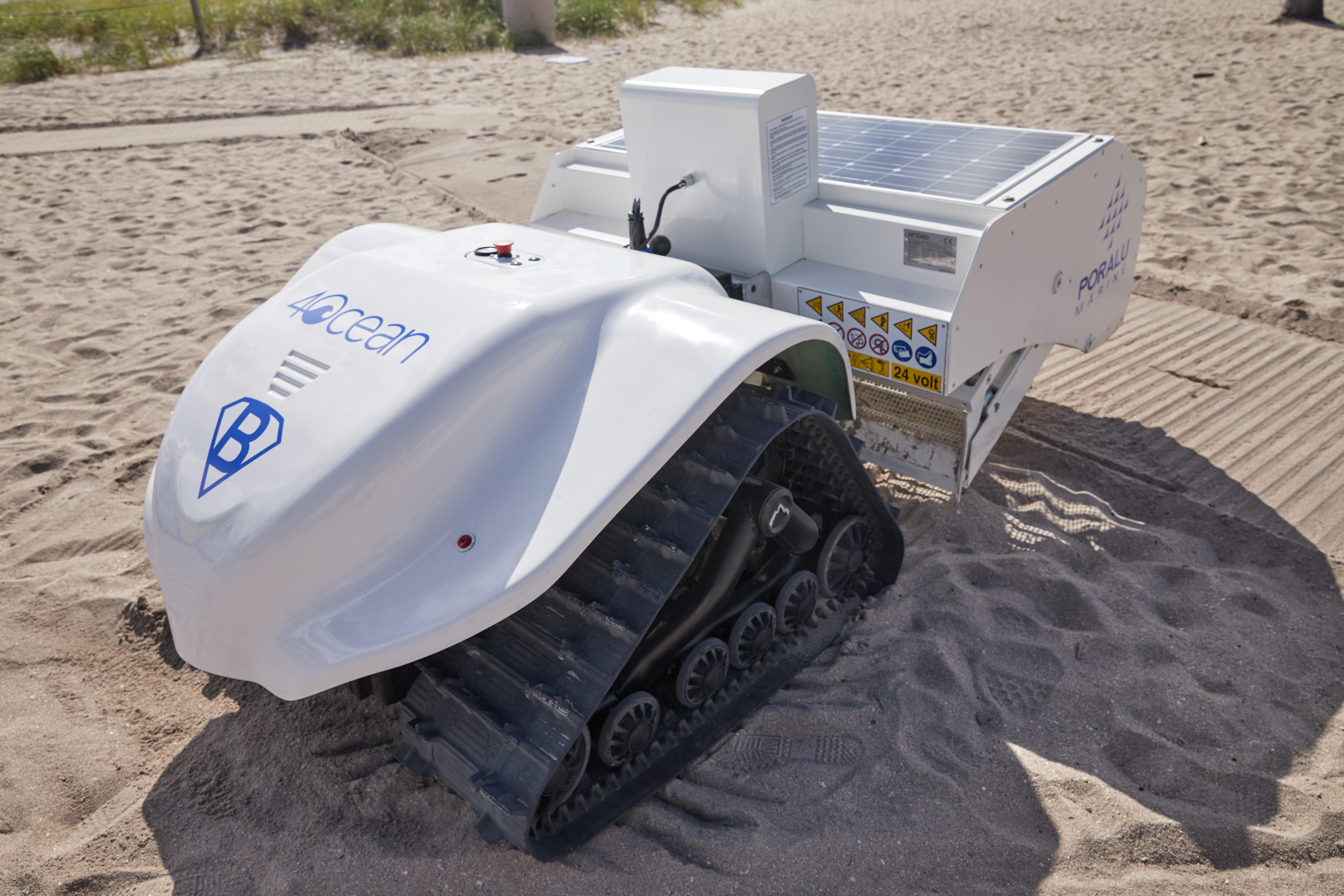Schone stranden met hulp van robot BeBot