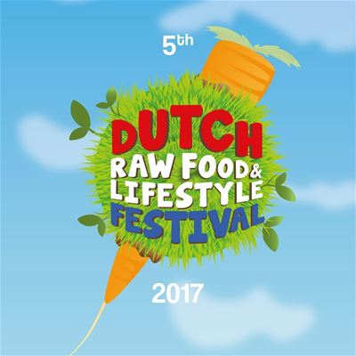 Raw top chef Russell James toont zijn kunsten op het 5e Dutch Rawfood & Lifestyle Festival