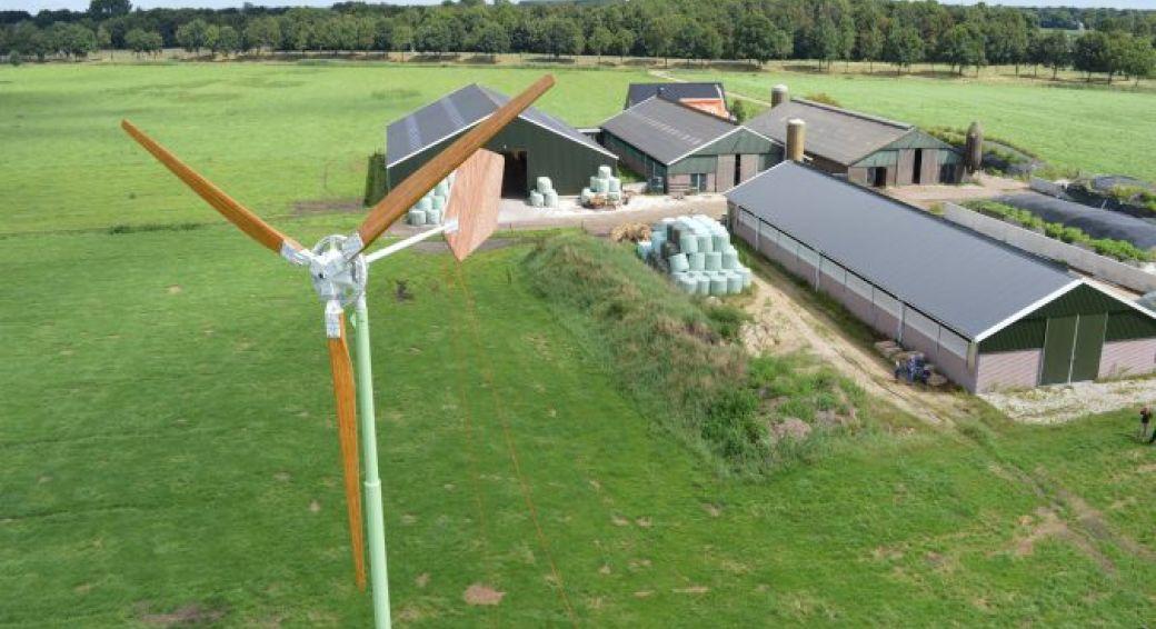 Boeren kiezen voor houten windmolen